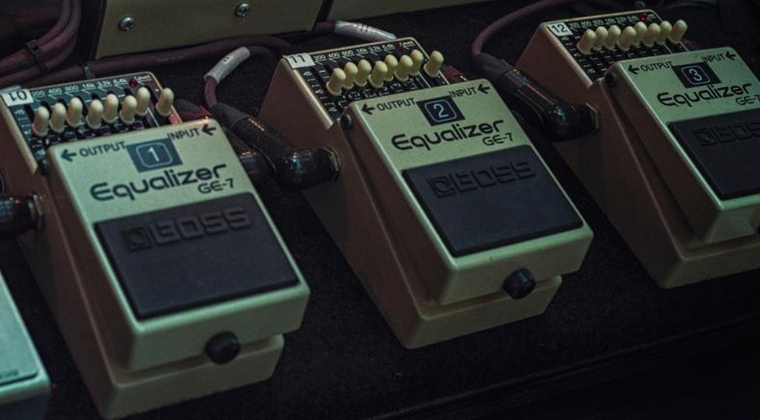 David Gilmour - How to use equalizers